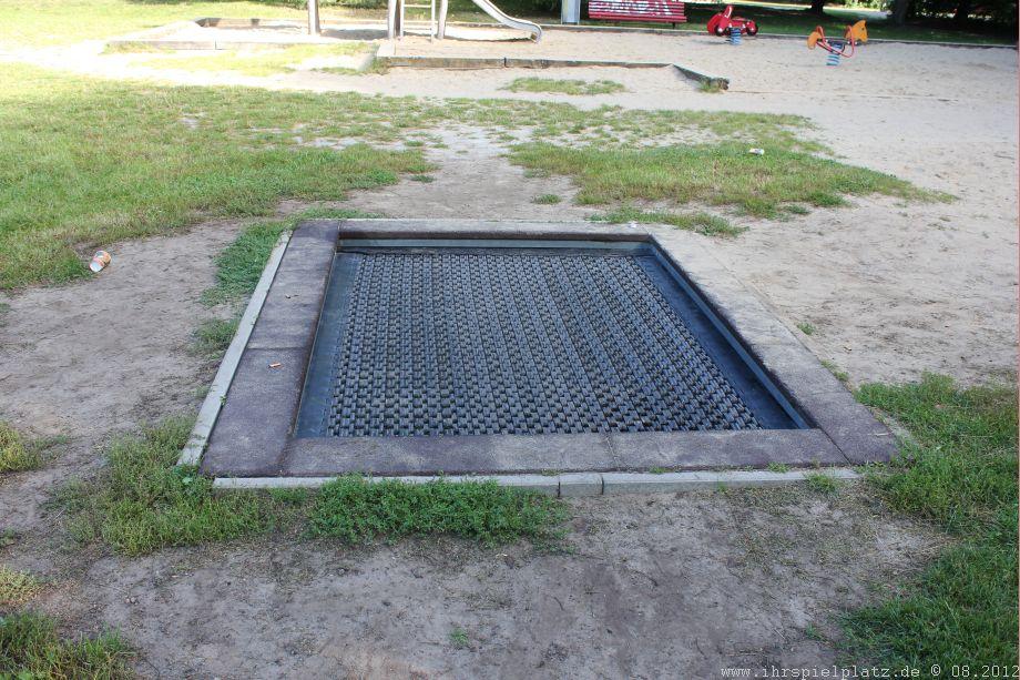 Ihrspielplatz De Allgemeiner Spielplatz Yehudi Menuhin Park Berlin